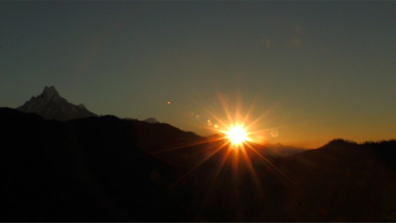 A view of Sunrise from Poon Hill