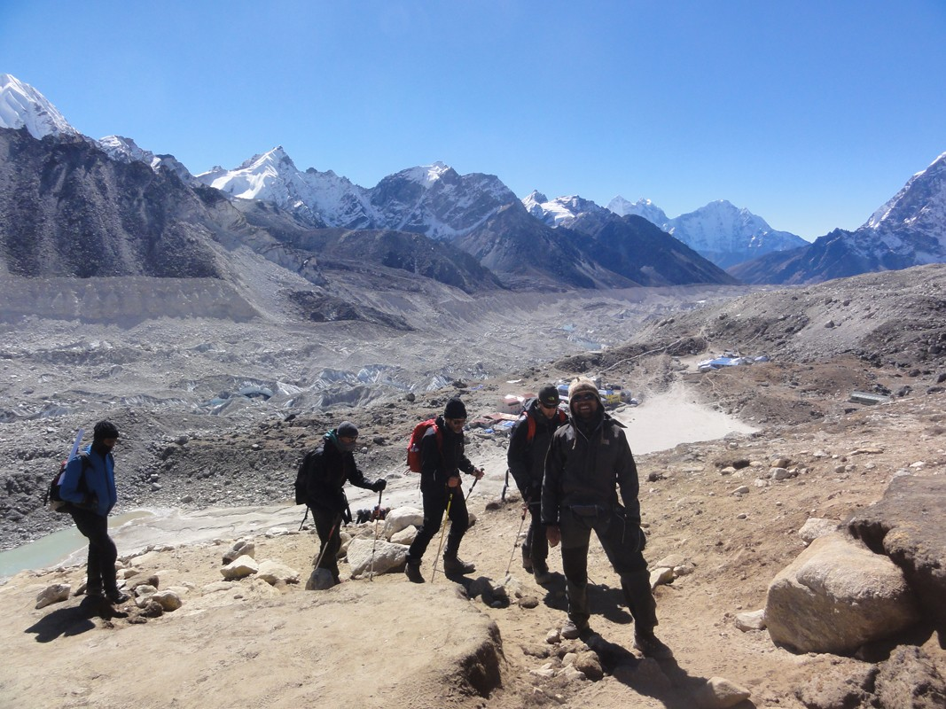 Everest Base camp Surrounding